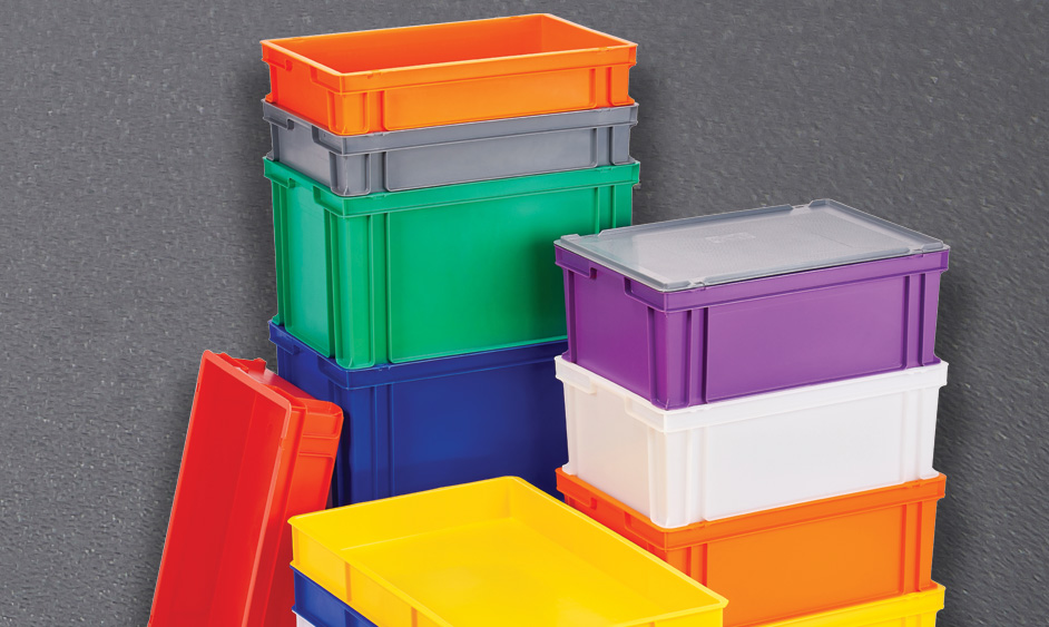 Trays with lids